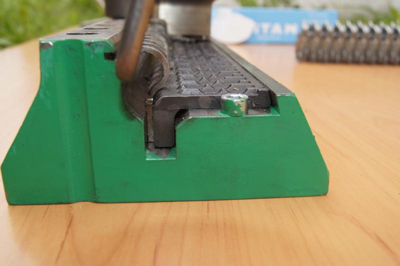 złącza typu G - narzędzie instalacyjne (praca)
