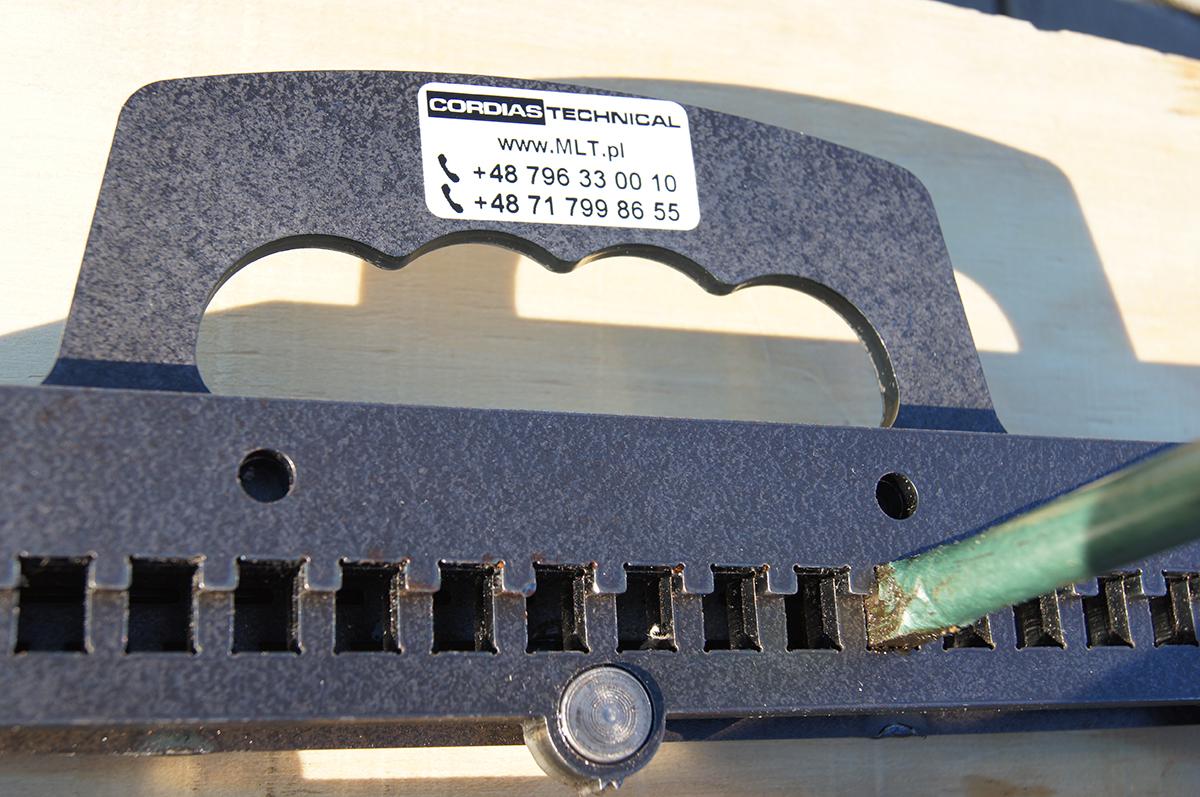 TITAN 05 - narzędzie do montaż spinki produkcji Cordias Technical