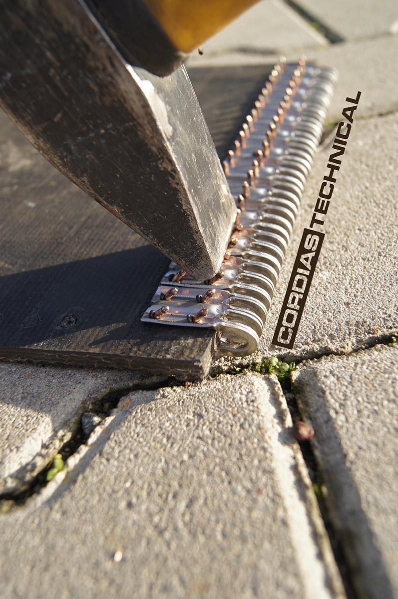 Złącze, Spinka TITAN 05 - montaż spinki