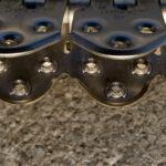Spinka, Złącze do łączenia i naprawy grubych pasów MS55 - w powiększeniu