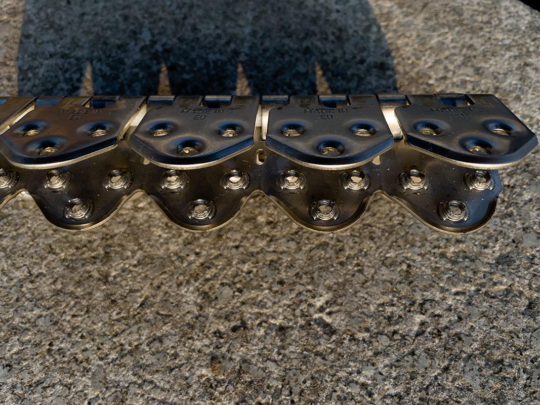 Spinka, Złącze do łączenia i naprawy grubych pasów MS55 - widok od od środka