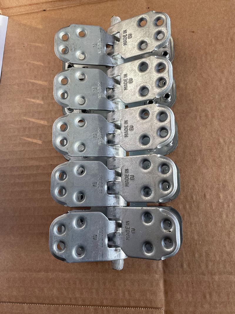 Spinka, złącze mechaniczne MLT MS65 do naprawy grubych pasów gumowych - widok z góry